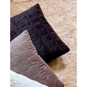 LERAINE PILLOW BLACK 50X50