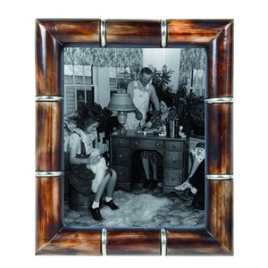 HORN PHOTOFRAME RING BROWN 20X25 CM